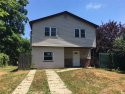 Photo of 69 Lakeview Dr, Mastic Beach, NY 11951 (MLS # 3049469)