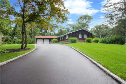 Photo of 27 Chatham Pl, Dix Hills, NY 11746 (MLS # 3054456)