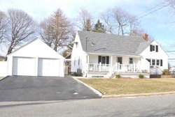 Photo of 8 Carmans Rd, Farmingdale, NY 11735 (MLS # 3062888)