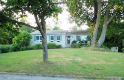 Photo of 19 Setalcott Pl, Setauket, NY 11733 (MLS # 3064044)
