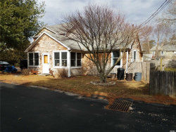 Photo of 29 Walnut Ave, E. Quogue, NY 11942 (MLS # 3067520)