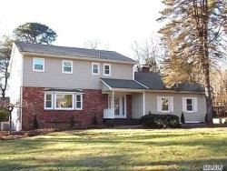 Photo of 16 Gateway Dr, Wading River, NY 11792 (MLS # 3073031)