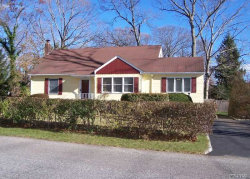 Photo of 19 Oakland Ave, Miller Place, NY 11764 (MLS # 3076779)
