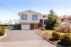 Photo of 319 W 22nd St, Deer Park, NY 11729 (MLS # 3078074)
