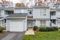 Photo of 40 Lakeview Dr, Manorville, NY 11949 (MLS # 3081951)