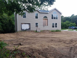 Photo of 3 Queen Rd, Mastic Beach, NY 11951 (MLS # 3082745)