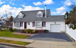 Photo of 82 Parkview St, Plainview, NY 11803 (MLS # 3086585)