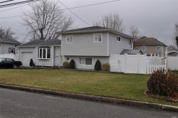 Photo of 324 W 21st St, Deer Park, NY 11729 (MLS # 3086929)