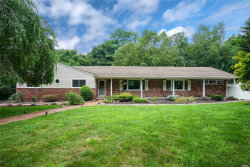 Photo of 3 Five Acre Ct, Smithtown, NY 11787 (MLS # 3087421)