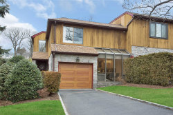 Photo of 135 The Crescent, Roslyn Heights, NY 11577 (MLS # 3094401)
