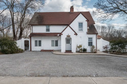 Photo of 304 Montauk Hwy, East Moriches, NY 11940 (MLS # 3107295)