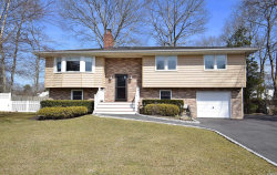 Photo of 25 Oaktree Dr, East Moriches, NY 11940 (MLS # 3110897)
