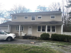 Photo of 6 Lower Rd, Smithtown, NY 11787 (MLS # 3119580)