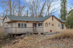 Photo of 28 Old Cow Path, Miller Place, NY 11764 (MLS # 3120151)