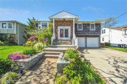 Photo of 55 Reynolds Dr, Lido Beach, NY 11561 (MLS # 3131951)