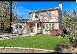 Photo of 25 Willow Ln, Great Neck, NY 11023 (MLS # 3132211)