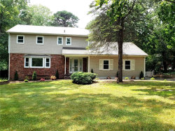 Photo of 16 Gateway Dr, Wading River, NY 11792 (MLS # 3138530)