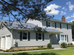 Photo of 1 Newpoint Ln, East Moriches, NY 11940 (MLS # 3146788)
