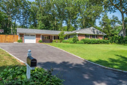 Photo of 7 Saddler Ln, Stony Brook, NY 11790 (MLS # 3147475)