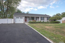 Photo of 7 Harrison Ave, Poquott, NY 11733 (MLS # 3164461)