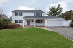 Photo of 10 Hastings Dr, Stony Brook, NY 11790 (MLS # 3165226)