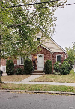 Photo of 170-36 Pidgeon Meadow Rd, Flushing, NY 11365 (MLS # 3172479)
