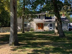 Photo of 4 Carol Ln, East Moriches, NY 11940 (MLS # 3172923)