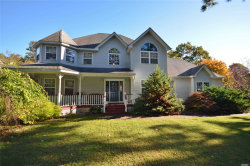 Photo of 11 Crest Hollow Ln, Manorville, NY 11949 (MLS # 3175083)