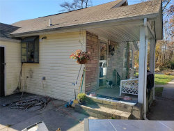 Photo of 31 West Dr, Mastic Beach, NY 11951 (MLS # 3177856)
