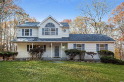 Photo of 4 Cherry Beth Ln, Manorville, NY 11949 (MLS # 3180416)