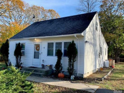 Photo of 58 Wavecrest Dr, Mastic Beach, NY 11951 (MLS # 3180762)