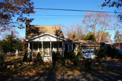 Photo of 27 Queen Rd, Mastic Beach, NY 11951 (MLS # 3181190)