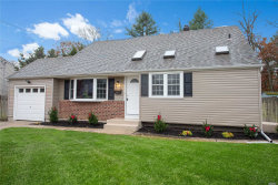 Photo of 81 Birchbrook Dr, Smithtown, NY 11787 (MLS # 3181372)