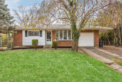 Photo of 5 Bayberry Dr, St. James, NY 11780 (MLS # 3181396)