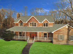Photo of 33 Evergreen Ave, East Moriches, NY 11940 (MLS # 3183686)