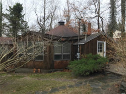 Photo of 5 Jacobs Ln, Wading River, NY 11792 (MLS # 3184975)