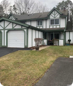 Photo of 149 Eagle Hill Ct, Middle Island, NY 11953 (MLS # 3195287)