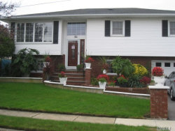 Photo of 10 Hoyt Pl, Lindenhurst, NY 11757 (MLS # 2984561)