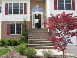 Photo of 314 Fairway Dr, Farmingdale, NY 11735 (MLS # 3066905)
