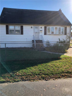 Photo of 705 Catskill Ave, Lindenhurst, NY 11757 (MLS # 3080691)
