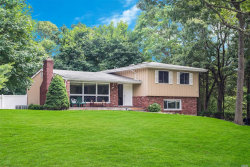 Photo of 6 George Ct, Miller Place, NY 11764 (MLS # 3176206)