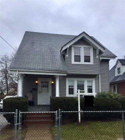 Photo of 81 Rolling St, Lynbrook, NY 11563 (MLS # 3010083)