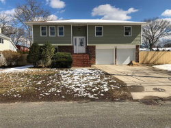 Photo of 81 Totten Ave, Deer Park, NY 11729 (MLS # 3012023)