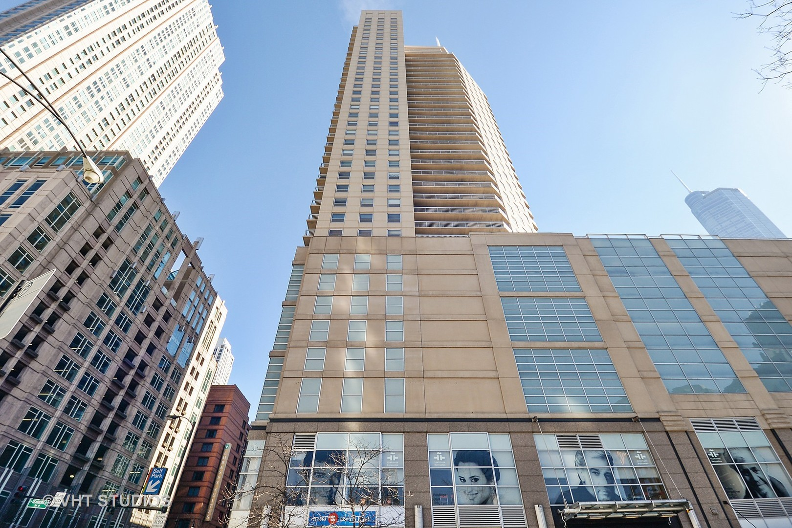 Photo for 545 N Dearborn Street, Unit Number 2308, CHICAGO, IL 60654 (MLS # 09611563)