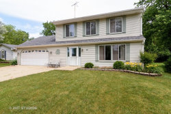 Photo of 414 Winterwood Drive, ROSELLE, IL 60172 (MLS # 09661852)