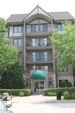 Photo of 5 S Pine Street, Unit Number 200B, MOUNT PROSPECT, IL 60056 (MLS # 09669274)