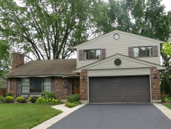 Photo of 711 W White Oak Street, ARLINGTON HEIGHTS, IL 60005 (MLS # 09669438)