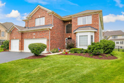 Photo of 864 Chasewood Drive, SOUTH ELGIN, IL 60177 (MLS # 09685740)