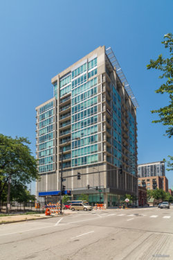 Photo of 700 W Van Buren Street, Unit Number 909, CHICAGO, IL 60607 (MLS # 09697929)