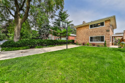Photo of 6427 N Christiana Avenue, LINCOLNWOOD, IL 60712 (MLS # 09703178)